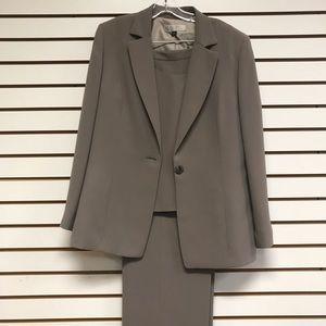 Tahari pantsuit, 3-pc includes blazer and vest.